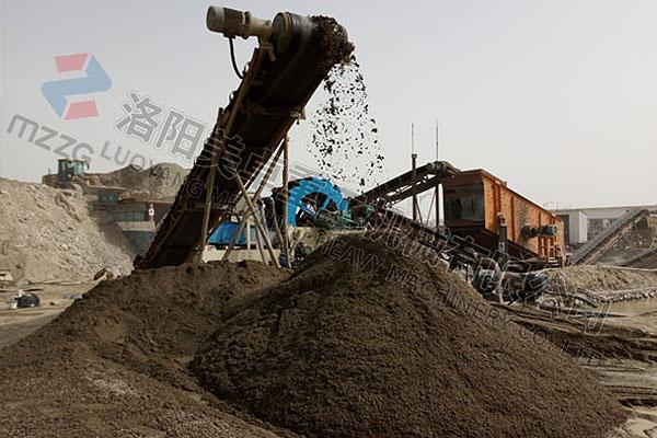 河南新密洗砂回收一体机视频